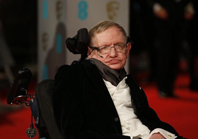 Britský fyzik, nositel Nobelovy ceny Stephen Hawking