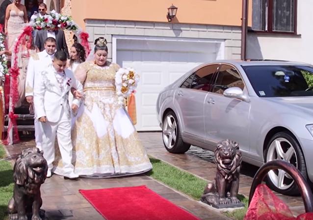 Luxusní svatba romů na Slovensku se stala na YouTube hitem