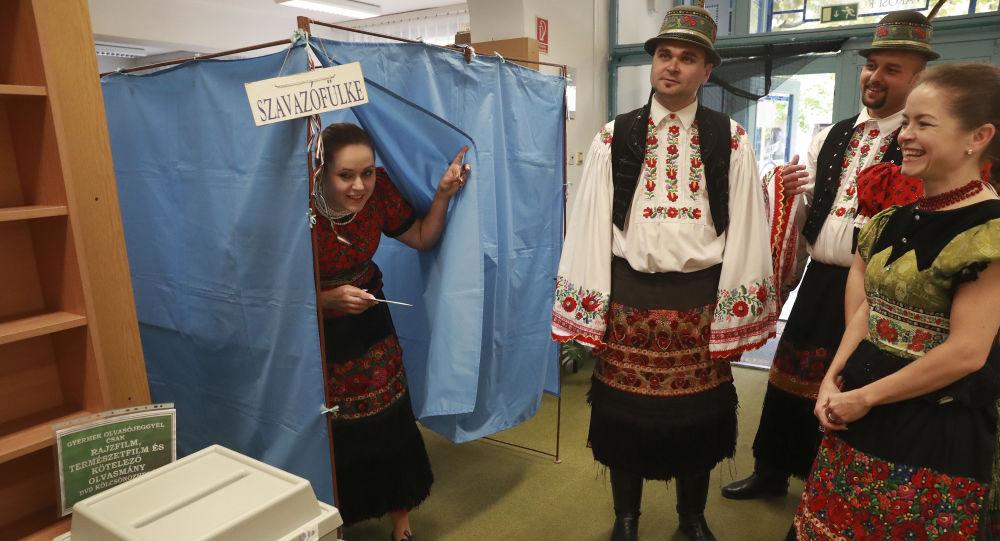 Hlasování na referendu v Maďarsku