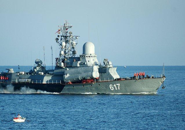 Malá raketová loď Černomořské flotily Miráž (projekt 1234)