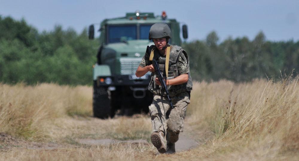 Cvičení ukrajinských pohraničních vojsk. Archivní foto