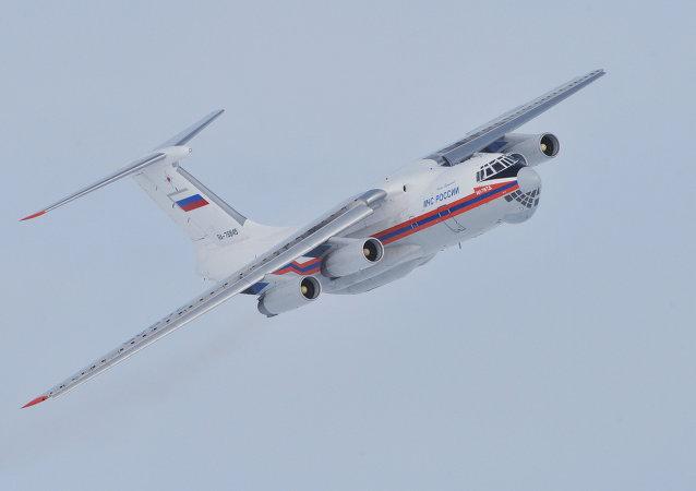 Il-76 Ministerstva pro mimořádné situace s motory D-30.