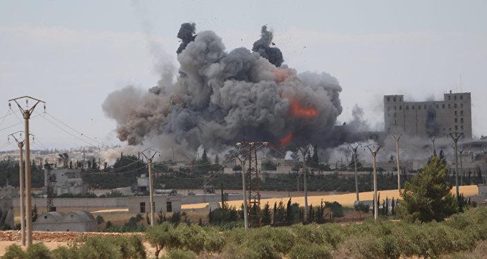 Útok vedené USA koalice v Aleppu