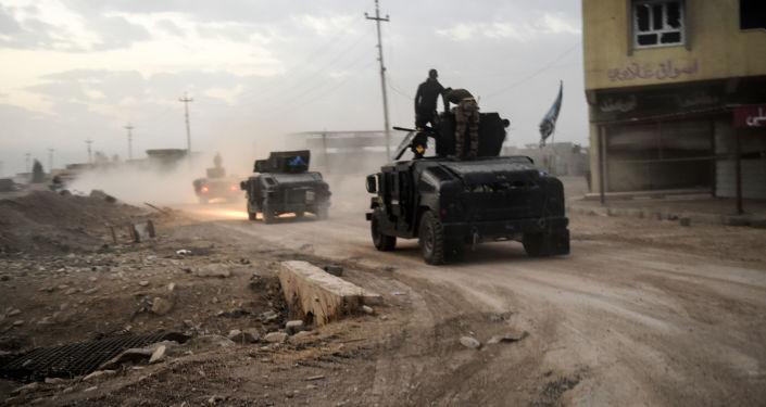 Iráčtí vojáci u Mosulu
