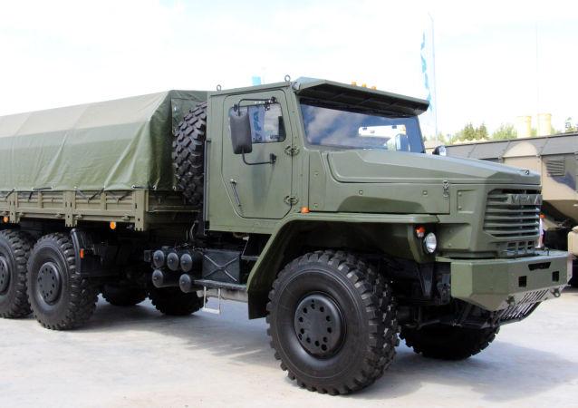 Vojenský automobil Tornádo-U
