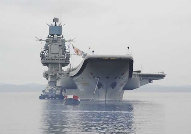The Admiral Kuznetsov heavy aircraft-carrying cruiser in Severomorsk. (File)