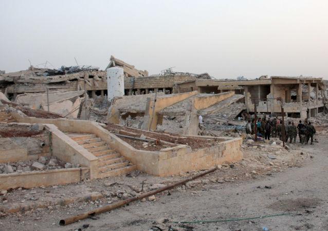 Zničená nemocnice v Aleppu