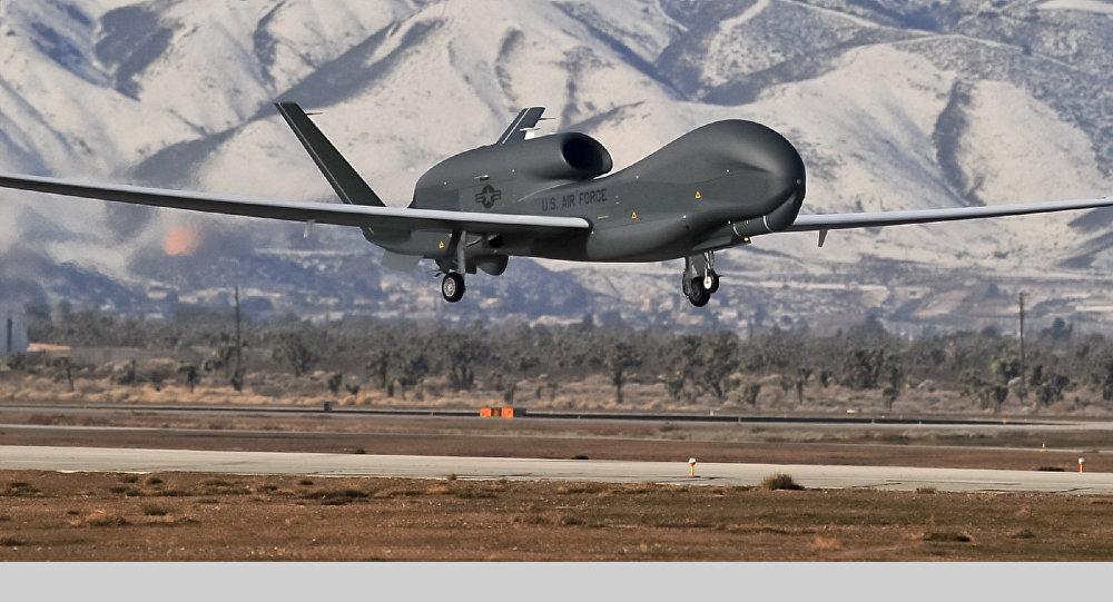 Bezpilotní letoun Global Hawk