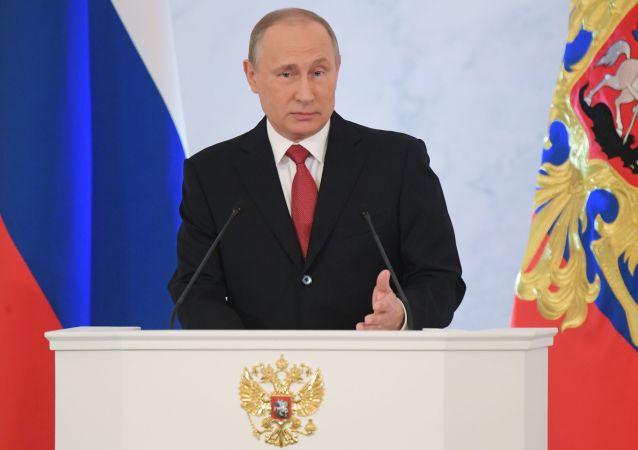 Putin: Nikdo nemůže nikomu zakázat otevřeně myslet