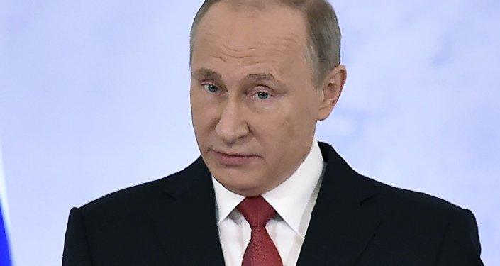 Ruský prezident Vladimir Puitn během poselství Federálnímu shromáždění