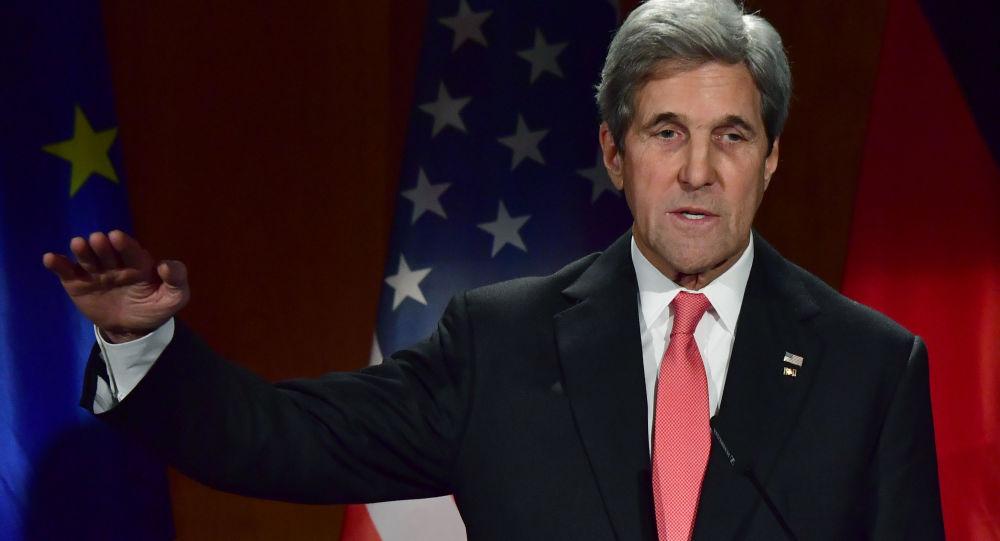 John Kerry v Berlíně
