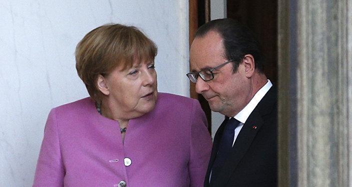 Německá kancléřka Angela Merkelová a francouzský prezident Francois Hollande