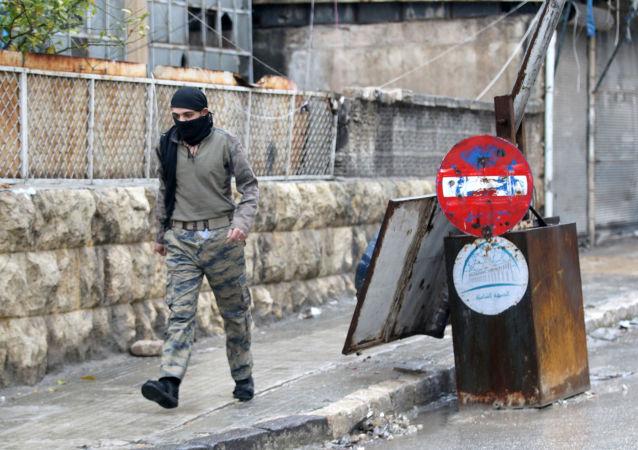 Bojovník SSA v Aleppu