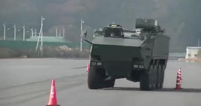 Japonsko ukázalo obrněný transportér pro ochranu před vpádem na ostrovy
