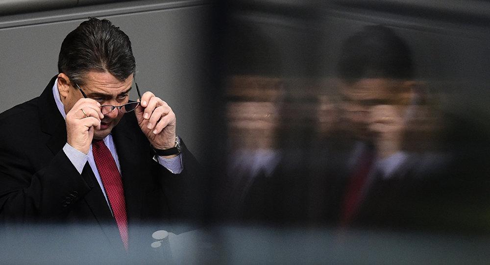 Sigmar Gabriel im Bundestag - 26. Dezember