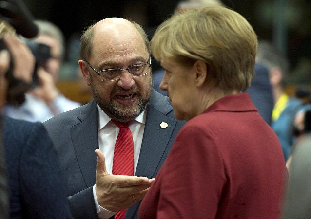 Martin Schulz a Angela Merkelová