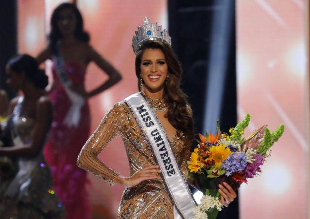 Vítězkou soutěže Miss Universe se stala Francouzka