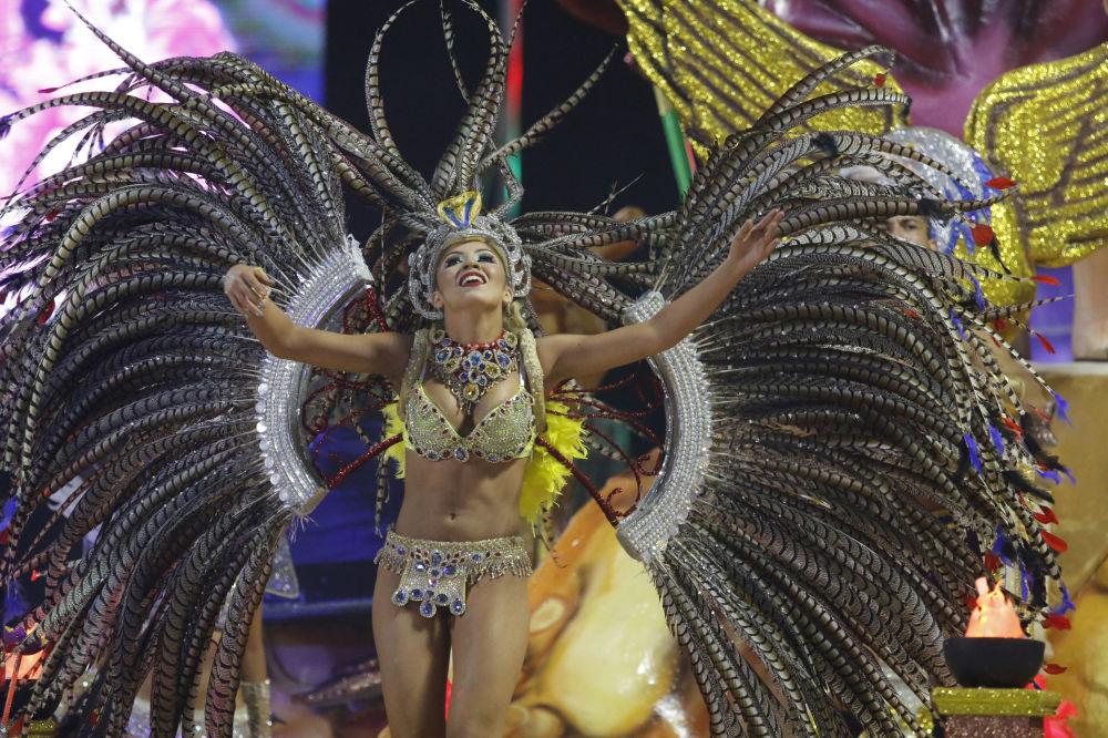 Město Encarnación je karnevalovým centrem Paraguaye