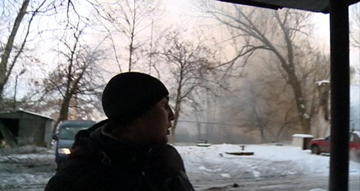 Ostřelování Doněcku a následky palby z děl. Video domobrany