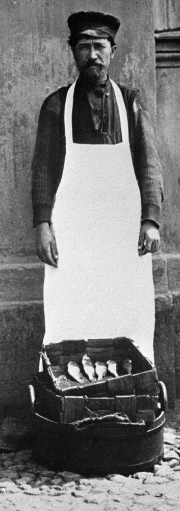 Moskevský prodavač ryb, rok 1913