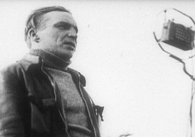 Sovětský letec Valerij Čkalov
