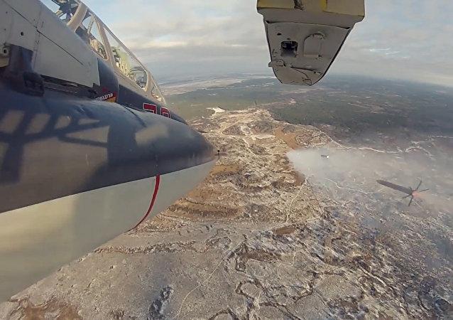 Taktická cvičení posádek bitevníků Su-25