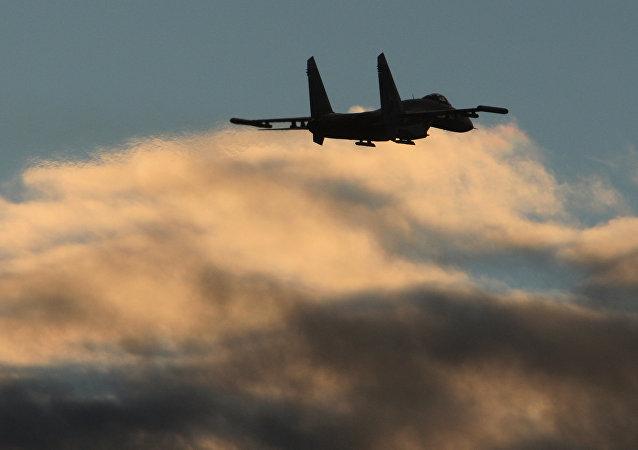 Let stíhačky Su-27