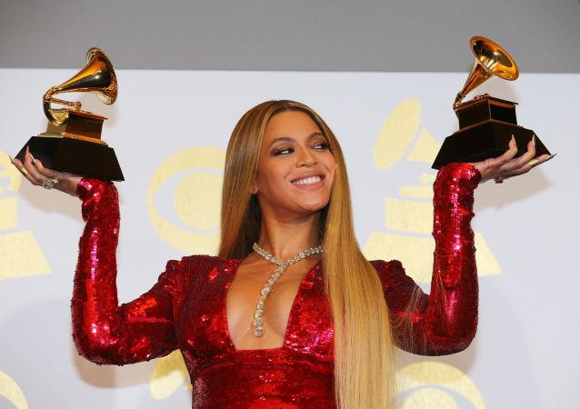 59. slavnostní předávání cen Grammy