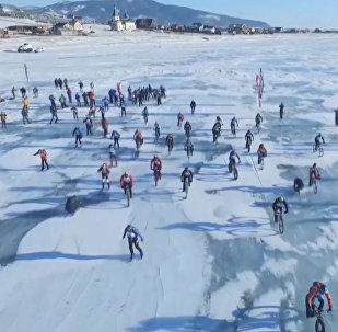 Závody Ledová bouře na Bajkalu