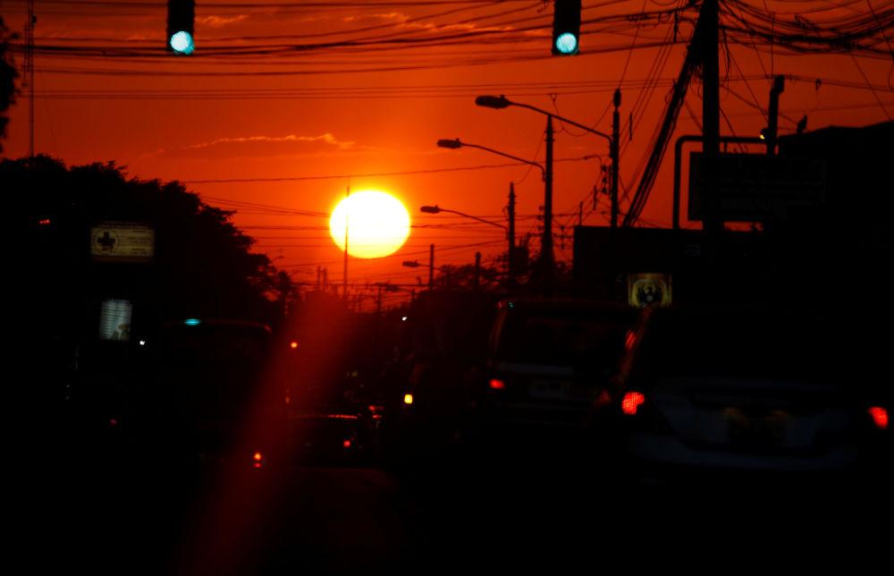 Západ slunce v San Jose, Kostarika