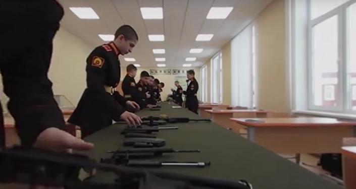Video 360: Každodenní život ruského kadeta