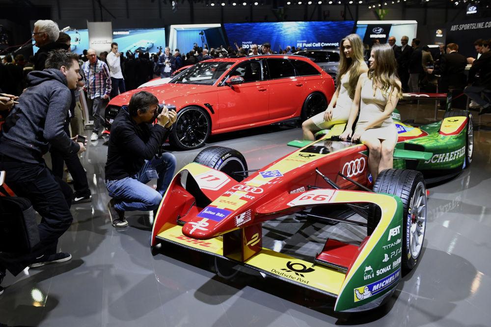 Mezinárodní autosalon v Ženevě