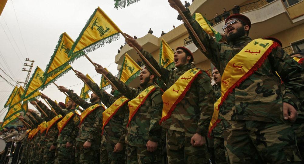 Příslušníci hnutí Hizballáh
