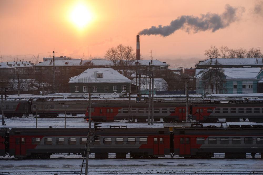 Osobní vlaky na stanici Novosibirsk-Hlavní Západosibiřské železnice