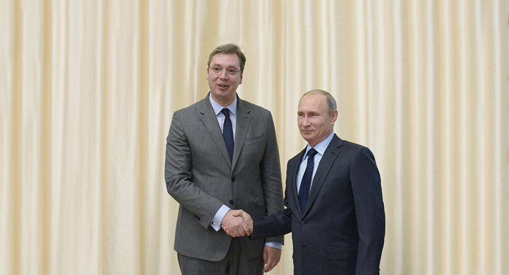 Prezident Ruska Vladimir Putin a srbský premiér Alexandr Vučič