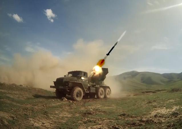 """Vojáci z Ruska a Tádžikistánu zlikvidovali """"protivníka"""""""