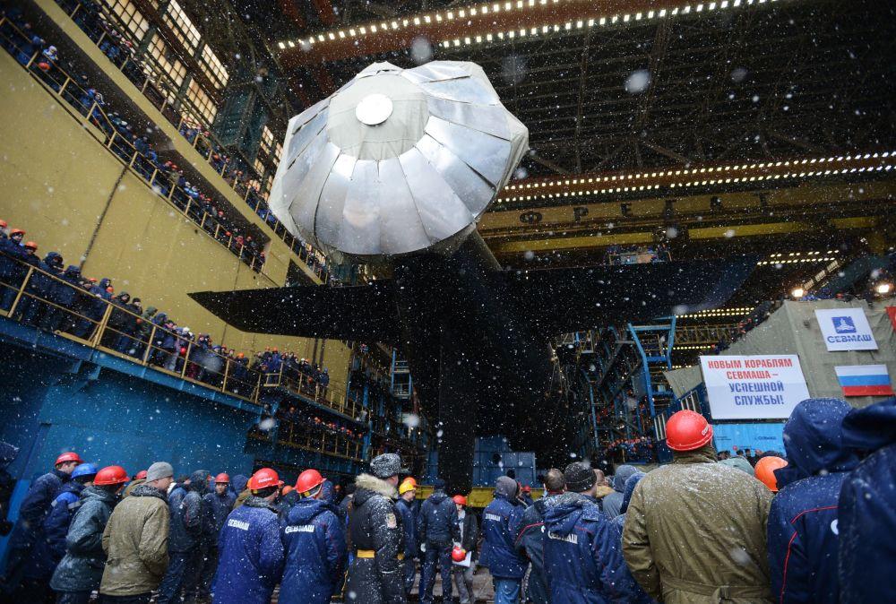 Spuštění na vodu jaderné ponorky Kazaň