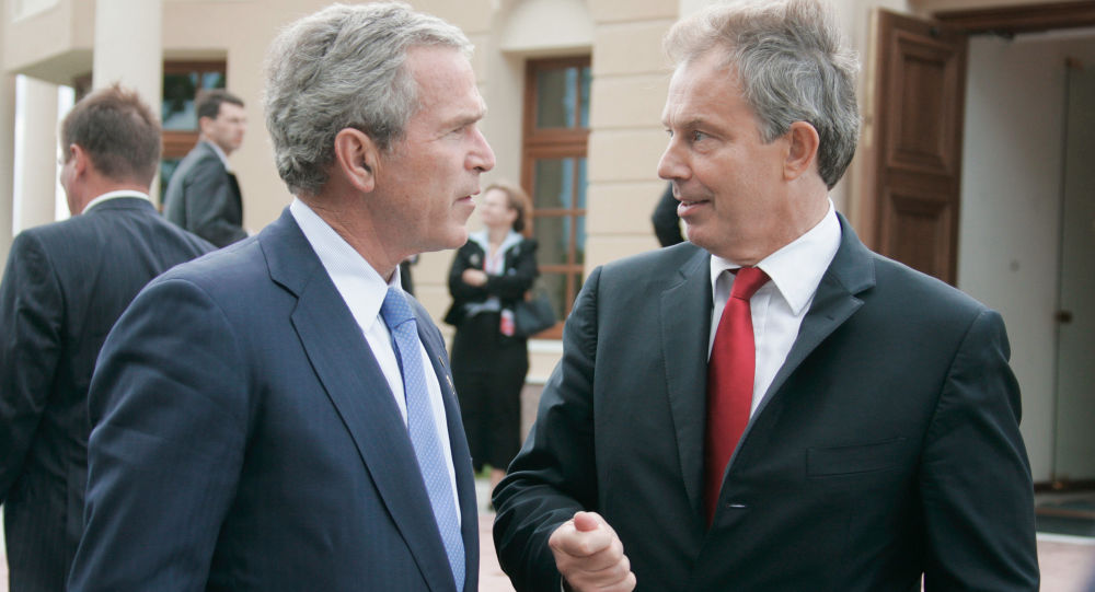 George Bush mladší a Tony Blair