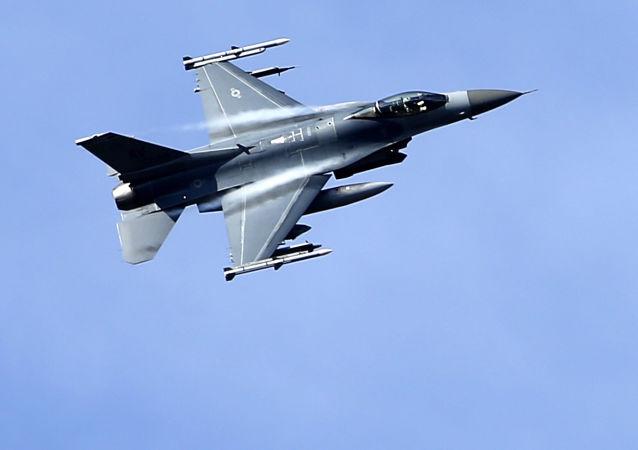 F-16 USA. Ilustrační foto