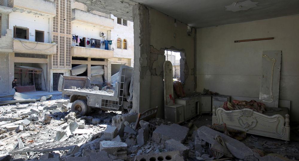 Následky bombardování v Idlibu