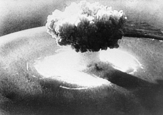 Jaderný výbuch. Ilustrační foto