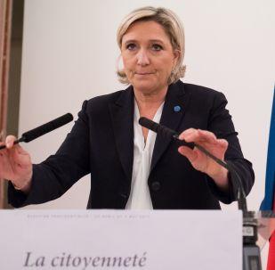 Kandidátka na úřad francouzského prezidenta za stranu Národní fronta Marine Le Penová