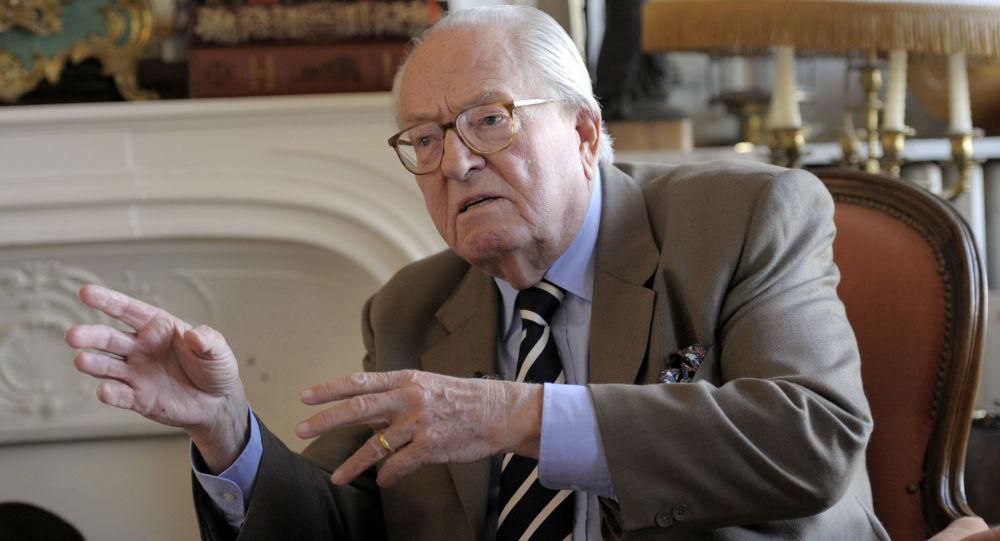 Zakladatel Národní fronty a otec kandidátky na prezidenta Francie Jean-Marie Le Pen