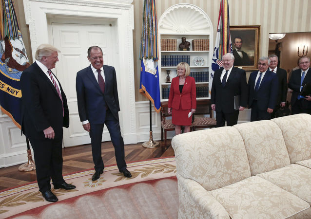 Americký prezident Donald Trump a ruský ministr zahraničí Sergej Lavrov