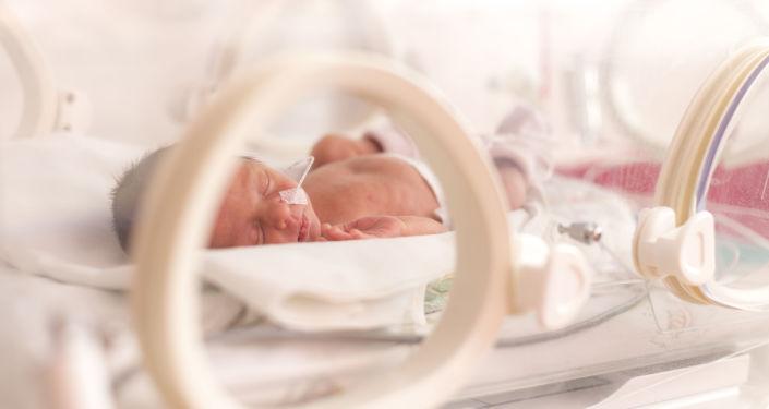 Novorozeně v porodnici