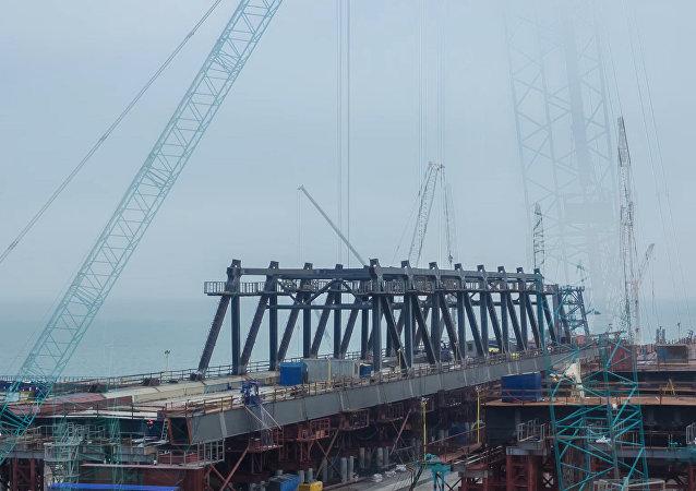 Krymský most. Timelapse stavby klenb
