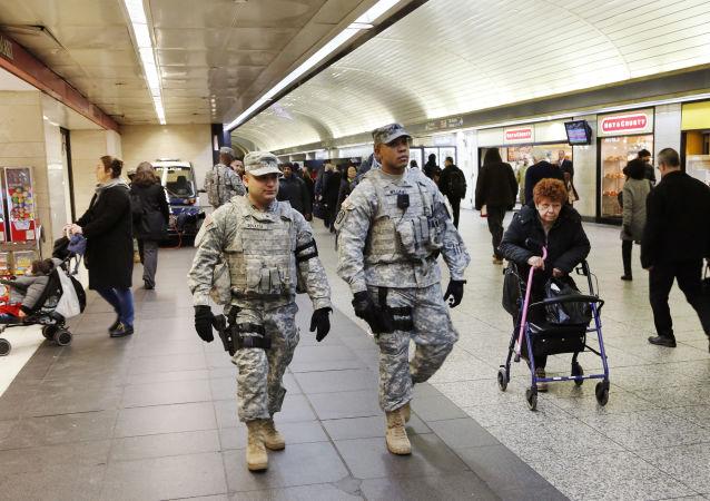 Příslušníky americké národní gardy