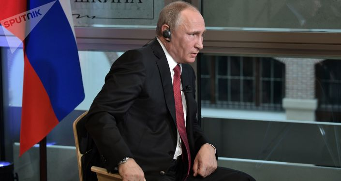 Ruský prezident Vladimir Putin během interview pro list Le Figaro