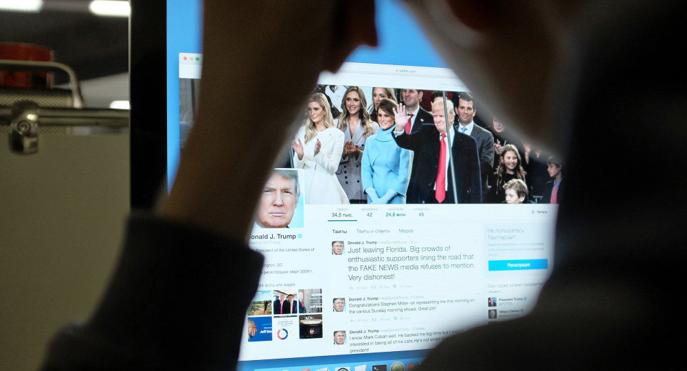 Trumpova stránka na Twitteru