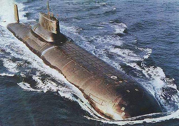 Raketový křižník - ponorka strategického určení projektu 941 Akula